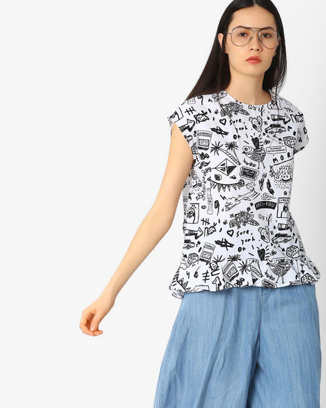 Doodle Print Flared Top By AJIO ( White )