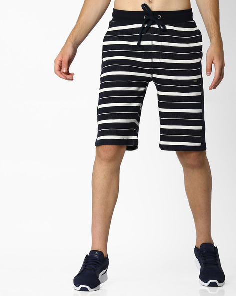 Yarn-Dyed Striped Shorts With Side Panels By PROLINE ( Navy )