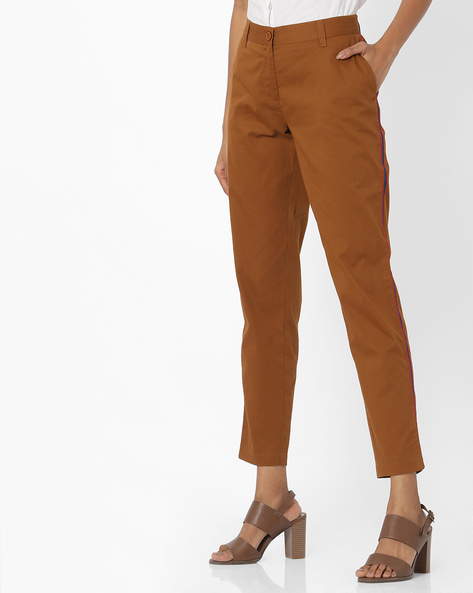 Flat-Front Trousers With Contrast Side Panels By AJIO ( Khaki )