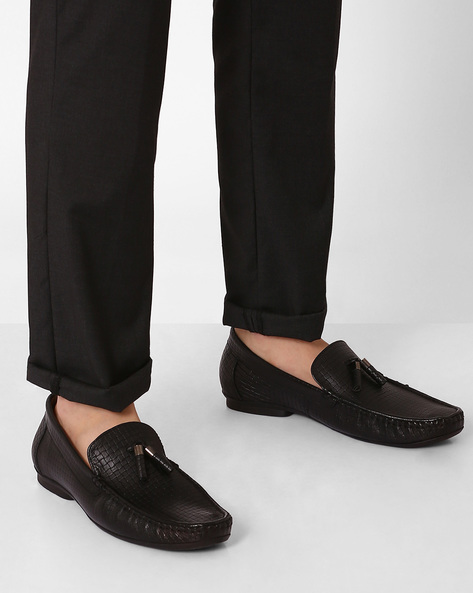 Genuine Leather Textured Loafers By VALENTINO ( Black )
