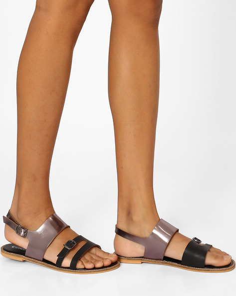 Strappy Flats With Buckle Closures By Curiozz ( Black )