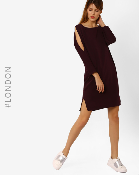 Shift Dress With Cold-Shoulder Sleeves By Closet London ( Purple )