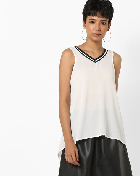V-neck Top With Envelope Back By AJIO ( White )