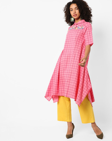 Checked Kurta With Handkerchief Hem By AJIO ( Pink )
