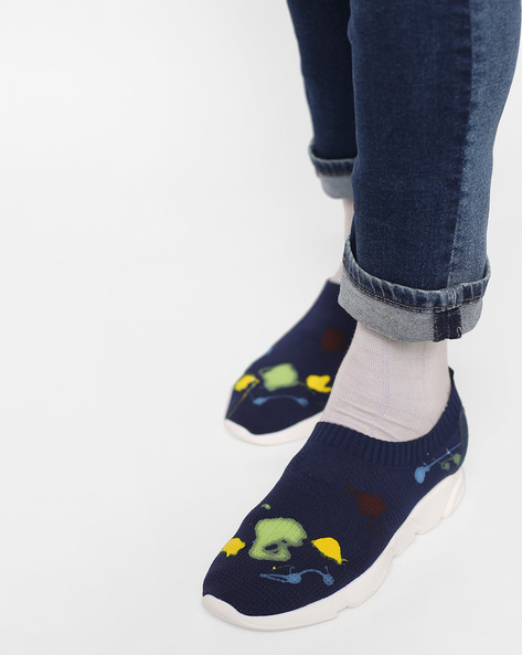 Knitted Paint Splatter Slip-Ons By AJIO ( Navy )