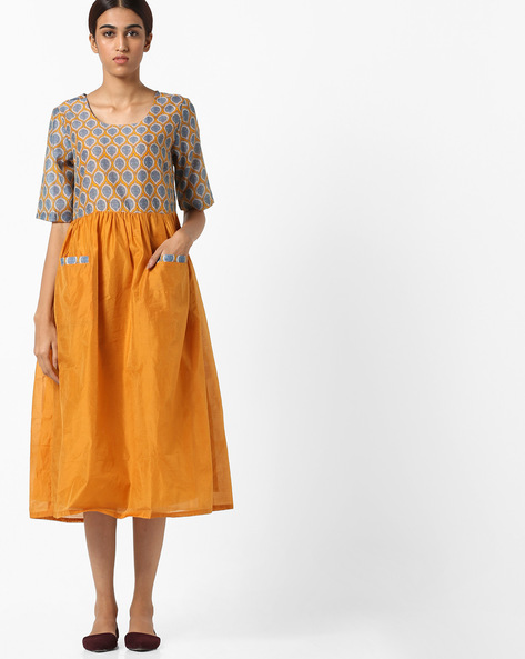 Printed Fit & Flare Midi Dress By AJIO ( Mustard )
