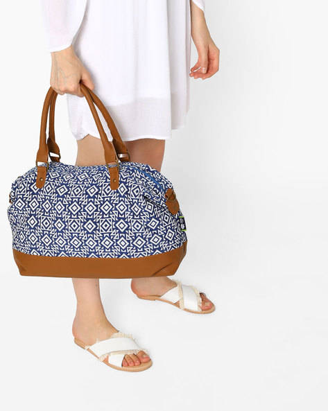 Tote Bag With Removable Strap By Kanvas Katha ( Multicolor )
