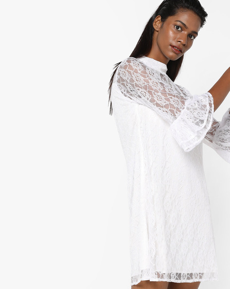 Lace Shift Dress With Tiered Bell Sleeves By Sassafras ( Offwhite )