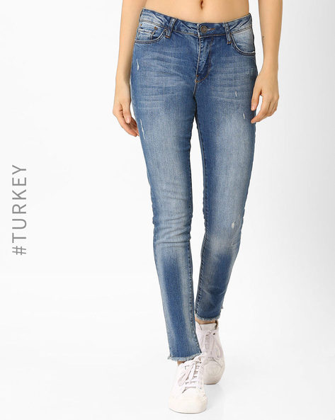 Mid-Wash Distressed Jeans By TIFFANY & TOMATO ( Blue )