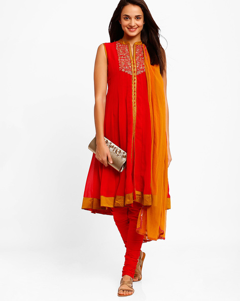 Flared Anarkali Churidar Kurta With Dupatta By AJIO ( Red )