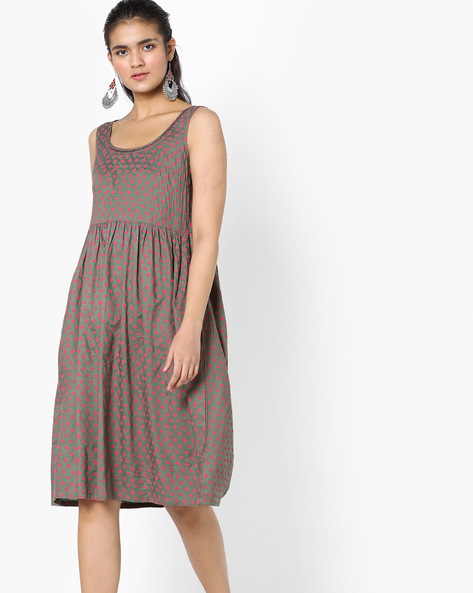 Printed Fit & Flare Dress With Surplice Back By AJIO ( Grey )