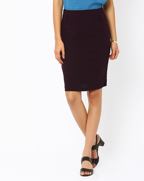 Pencil Skirt By AJIO ( Maroon )