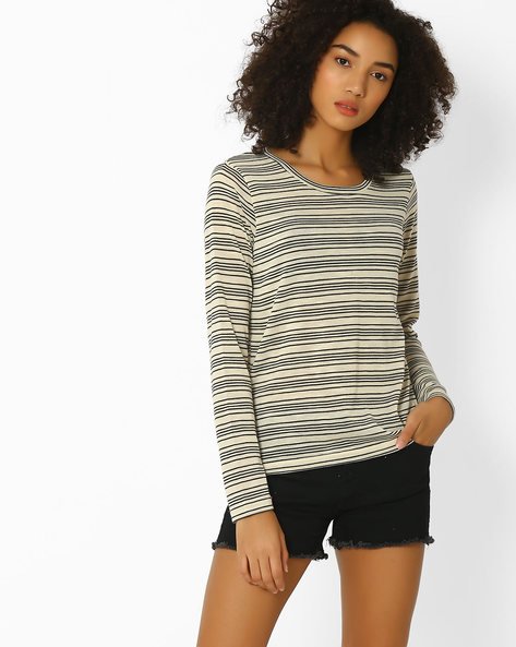 Striped Knitted Top By DNMX ( Offwhite )