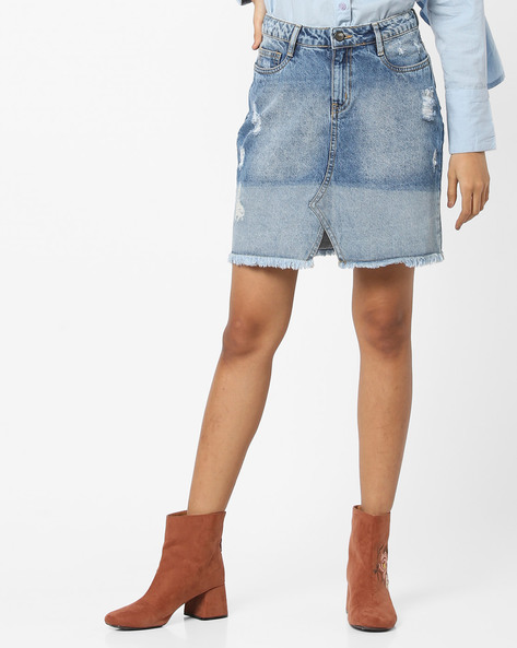 Acid-Washed Distressed Denim Skirt By AJIO ( Lightblue )