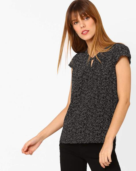 Printed Top With Keyhole Neckline By Annabelle By Pantaloons ( Black )