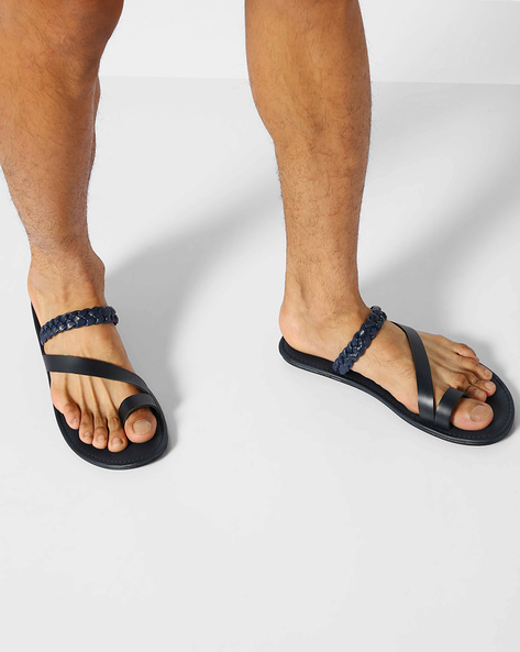 Flip-Flops With Toe-Ring By AJIO ( Navy )