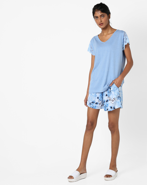 Lounge Top With Printed Shorts By Heart 2 Heart ( Blue )