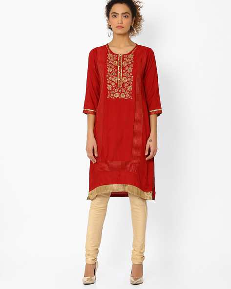 Straight Kurta With Floral Embroidery By Rangriti ( Red ) - 440739692004