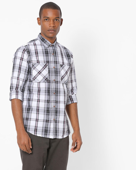 Checked Shirt With Twin Pockets By AJIO ( White )
