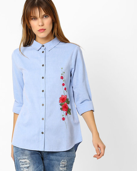 Shirt With Floral Embroidery By Sassafras ( Blue )