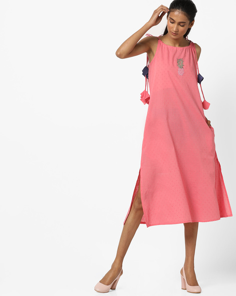 Sleeveless Dress With Side Slits By AJIO ( Pink )