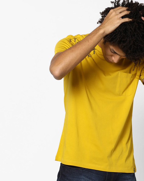 Placement Print Crew-Neck T-shirt By Lee ( Yellow )