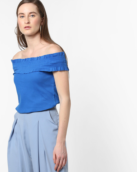 Smocked Off-Shoulder Top By AJIO ( Blue )