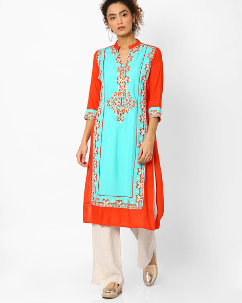 Straight Kurta With Embroidery By Kifahari ( Orange )