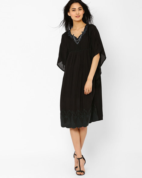 Midi Dress With Butterfly Sleeves By AJIO ( Charcoal )