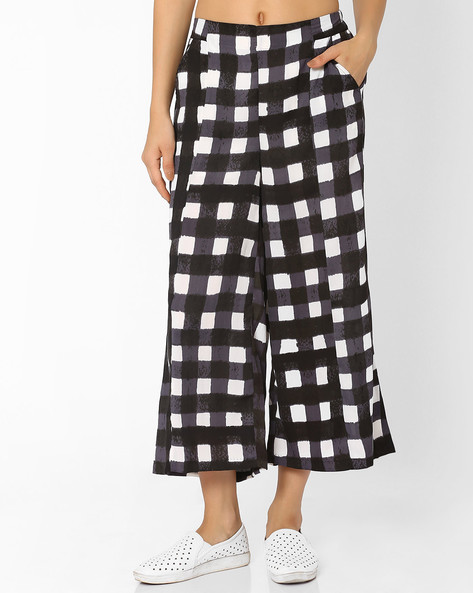 Checked Soft Moss Palazzo Pants By AJIO ( Black )