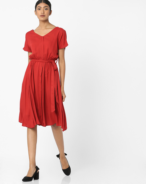 V-neck Dress With Waist Tie-Up By Tokyo Talkies ( Red )