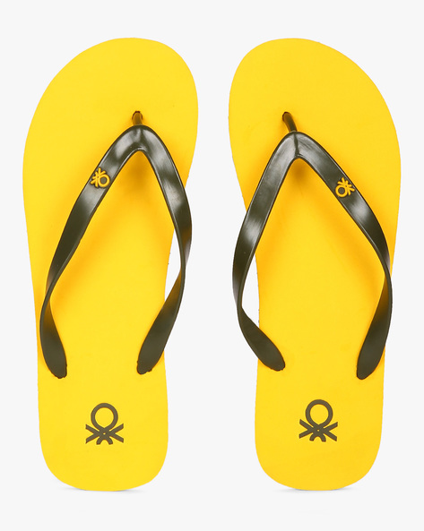 Thong-Style EVA Flip-Flops By UNITED COLORS OF BENETTON ( Yellow )