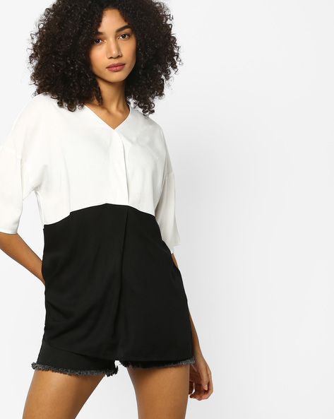 Colourblock V-neck Top With Drop Shoulders By Project Eve WW Casual ( Black )