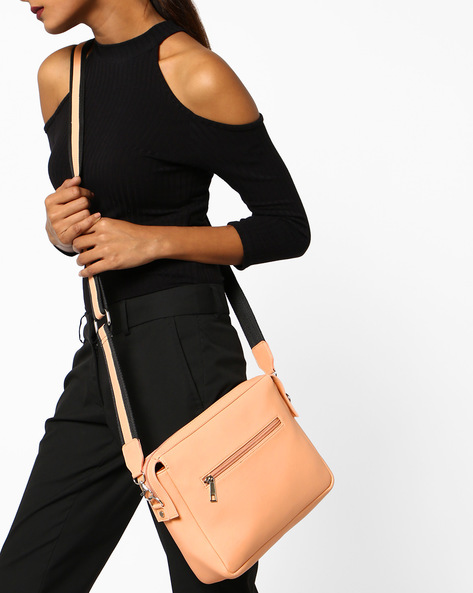 Minimal Sling Bag With Detachable Shoulder Straps By Toteteca ( Peach )