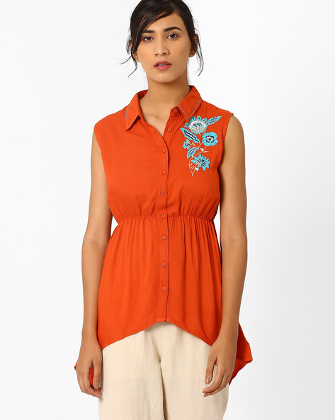 Shirt Tunic With Applique Detail By AJIO ( Rust )