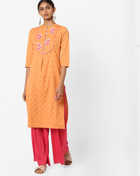 Printed Straight Kurta With Embroidery By AJIO ( Orange )