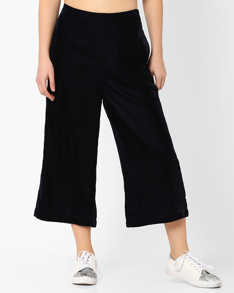 Velvet Culottes With Pockets By Evah London ( Navyblue )