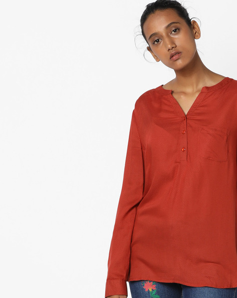 High-Low Top With Patch Pocket By Oxolloxo ( Red )