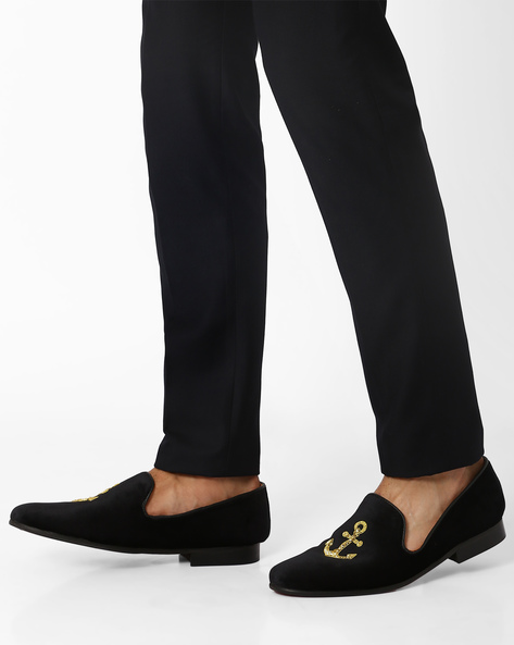 Slip-On Casual Shoes With Zardozi Design By Modello Domani ( Black )