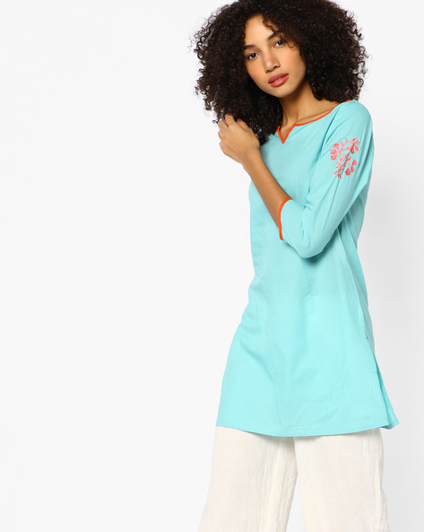 Straight Tunic With Embroidered Sleeves By AJIO ( Aqua )