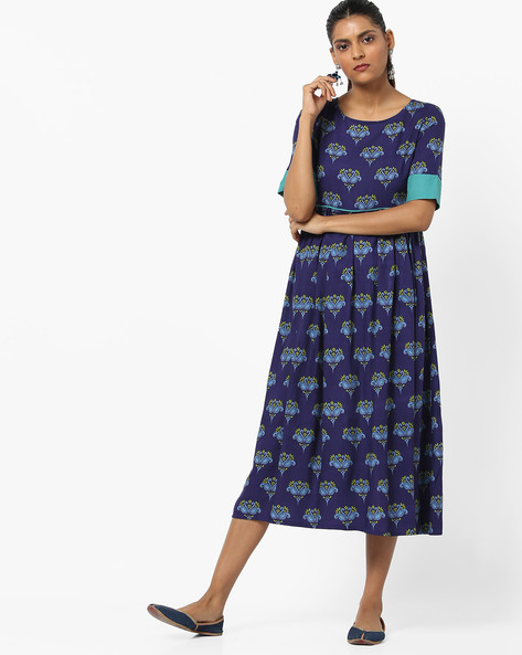 Printed A-line Dress With Contrast Sleeve Hems By UNTUNG ( Blue )