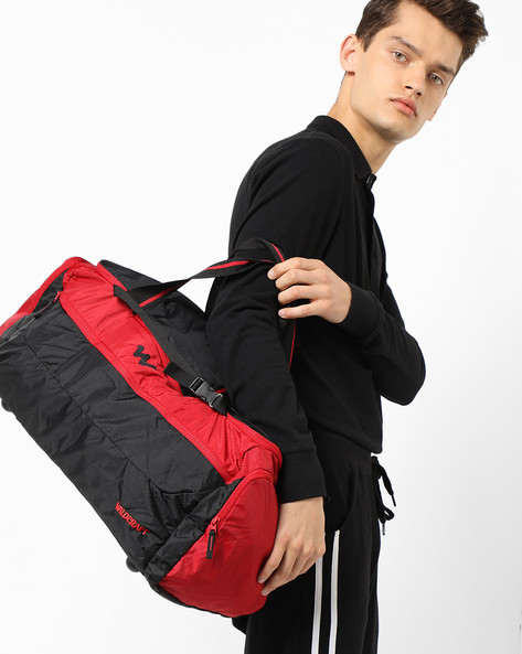 Colourblock Gym Bag By Wildcraft ( Red )