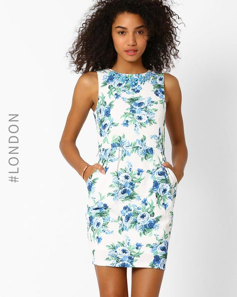 Floral Print Sheath Dress With Detachable Neckpiece By Zibi London ( Multi )