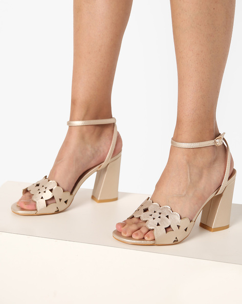 Chunky Heeled Sandal With Laser Cut Detail By AJIO ( Champagne )