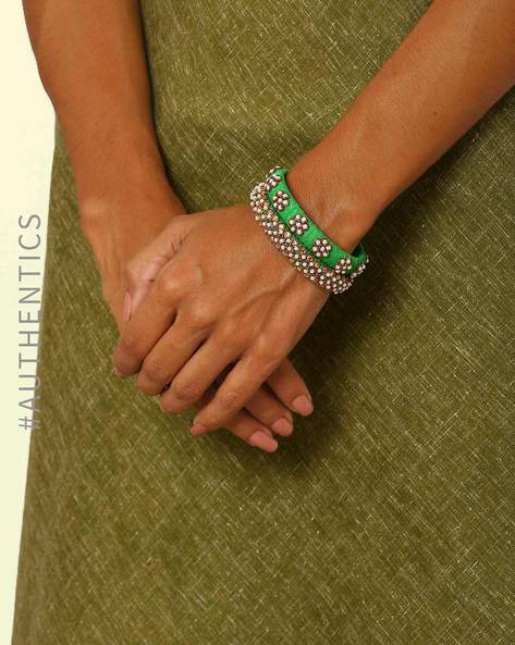 Pure Silk Hand Embroidered Zardosi Paired Bangles By Indie Picks ( Green )