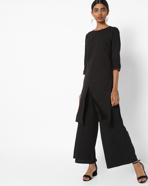 Tunic With Front Slit By AJIO ( Black )