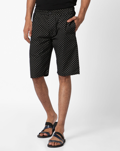 Printed Mid-Rise Flat-Front Shorts By Sweet Dreams ( Black )