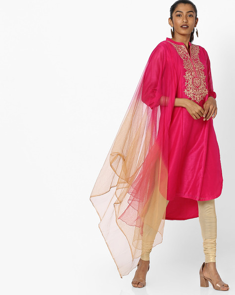 Embroidered Kurta With Dupatta By AVAASA SET ( Fuschia )
