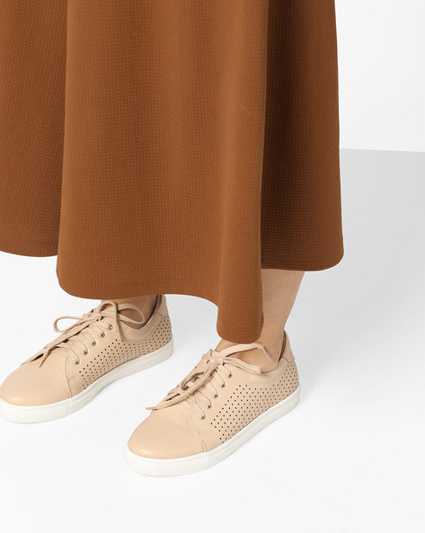 Low-Top Lace-Up Casual Shoes By AJIO ( Beige )