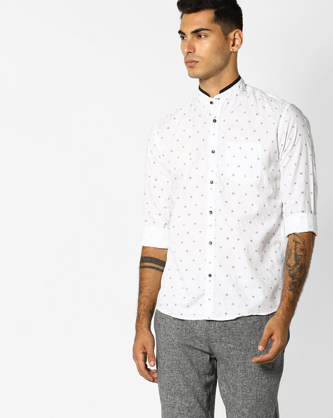 Micro Print Shirt With Band Collar By Killer ( White )